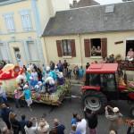 15 Août 2014 Fête des fleurs Char des Schtroumphs